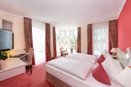 95224_006_Guestroom