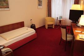 95353_003_Guestroom
