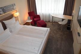 95353_006_Guestroom