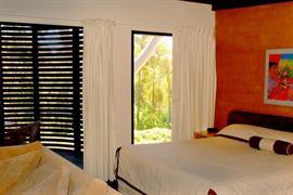 97224_005_Guestroom