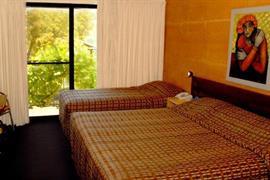 97224_006_Guestroom