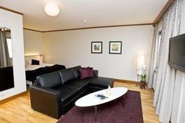 88125_007_Guestroom