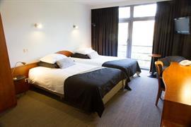 92941_005_Guestroom