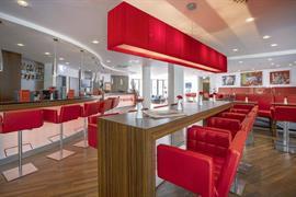 95473_005_Restaurant