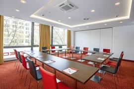 95473_007_Meetingroom