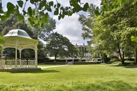 aston-hall-hotel-grounds-and-hotel-28-83959