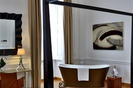 aston-hall-hotel-bedrooms-33-83959-OP