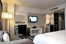 99353_007_Guestroom