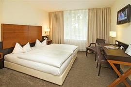 95273_007_Guestroom