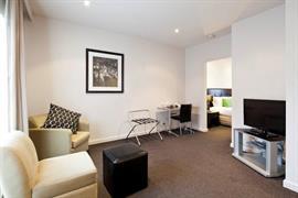 97362_004_Guestroom