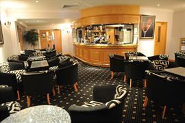 bentley-hotel-dining-02-83656