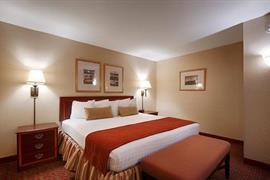 07021_005_Guestroom