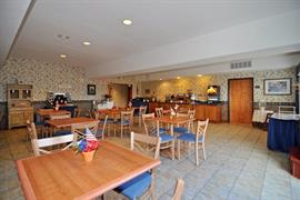 48157_007_Restaurant