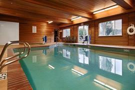 38140_002_Pool