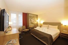 89139_005_Guestroom