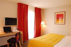 93618_004_Guestroom