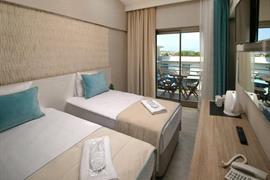 78031_007_Guestroom
