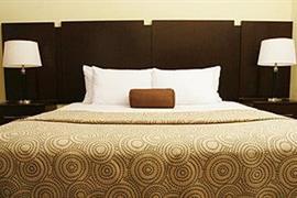 34136_005_Guestroom