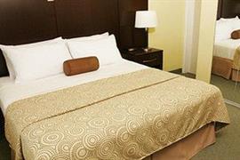 34136_007_Guestroom