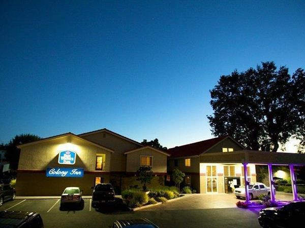 San luis obispo hotels best western for Pet friendly hotels near hearst castle