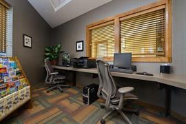 06114_008_Businesscenter