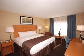 07011_004_Guestroom