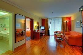 95173_007_Guestroom