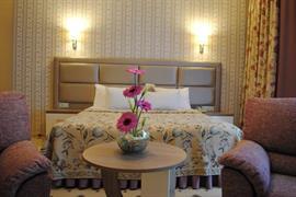 77601_007_Guestroom