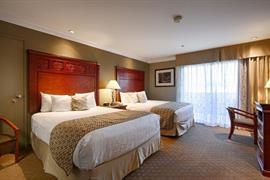 05676_007_Guestroom