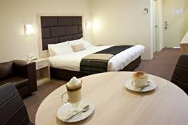 97381_003_Guestroom