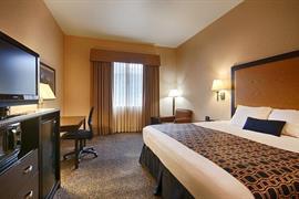 27071_006_Guestroom
