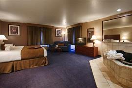 27073_006_Guestroom