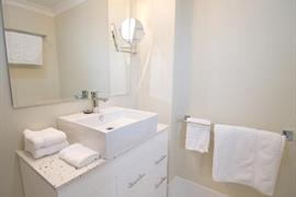 97241_007_Guestroom