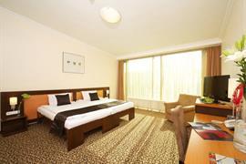 89317_002_Guestroom