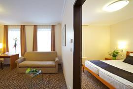 89317_004_Guestroom