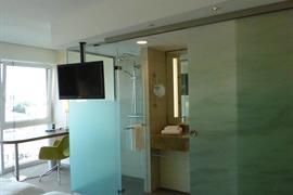 95447_007_Guestroom