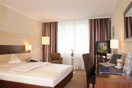 95278_005_Guestroom