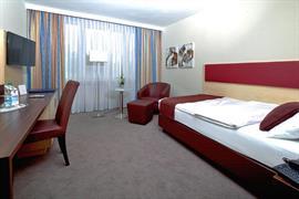 95278_006_Guestroom