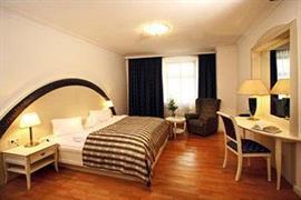 89115_004_Guestroom