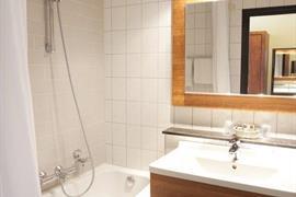92523_007_Guestroom