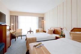 95468_007_Guestroom