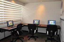 76069_006_Businesscenter