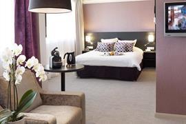 93787_003_Guestroom