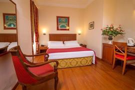 98349_004_Guestroom