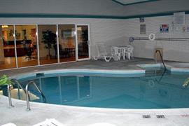 47094_003_Pool