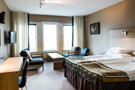 88072_004_Guestroom