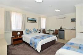 97443_003_Guestroom