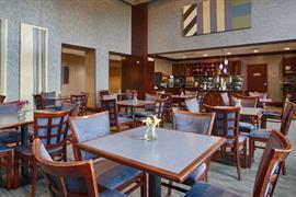 10337_004_Restaurant