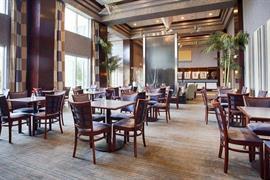 10337_006_Restaurant