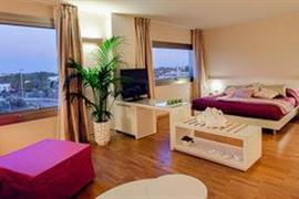 98346_007_Guestroom